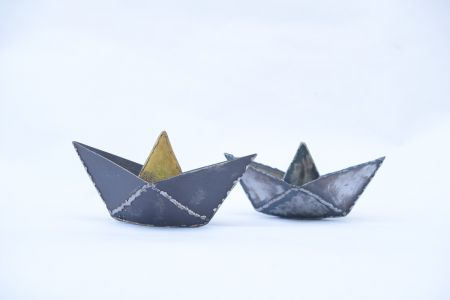 With origami on the waves