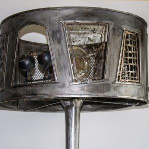 Лампа, клетка